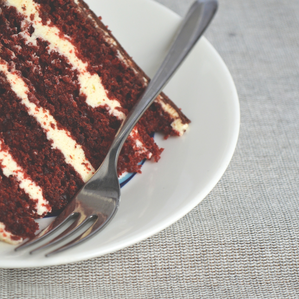 red velvet cake with vanilla buttercream